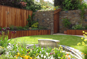 Why You Should Hire Professional Gardeners for Garden Design and Garden Maintenance